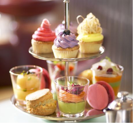 Afternoon tea at the Metropolitan: low-fat and organic, designed to help you watch your waistline!