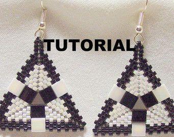 Tutorial: Peyote Triangle Tila Beaded Earrings
