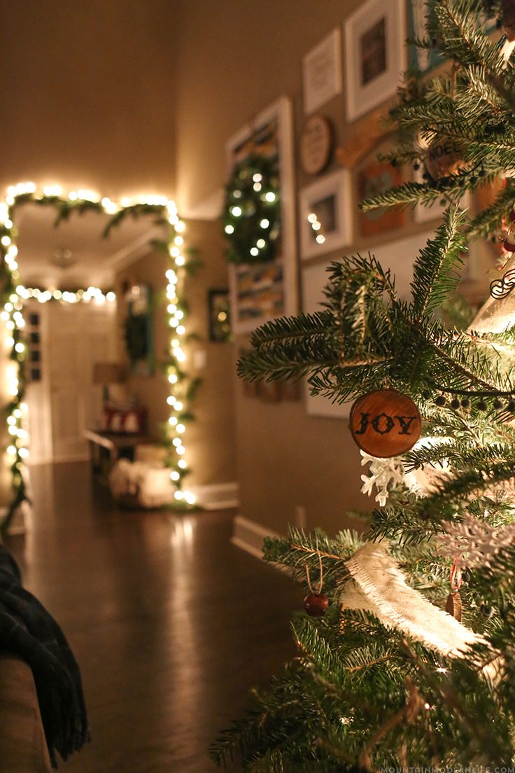 Why do we decorate our houses at christmas - Come See How We Decked Out Our Home For The Holidays With Our Cozy Christmas Home