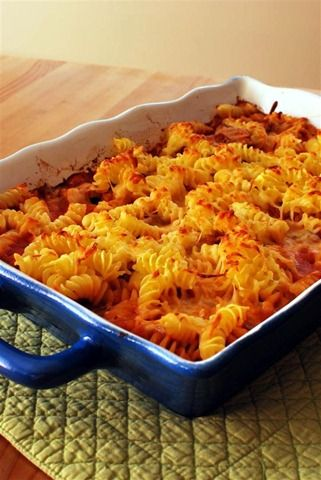Chicken, Bacon and Tomato Pasta Bake | Slimming Eats - Slimming World Recipes