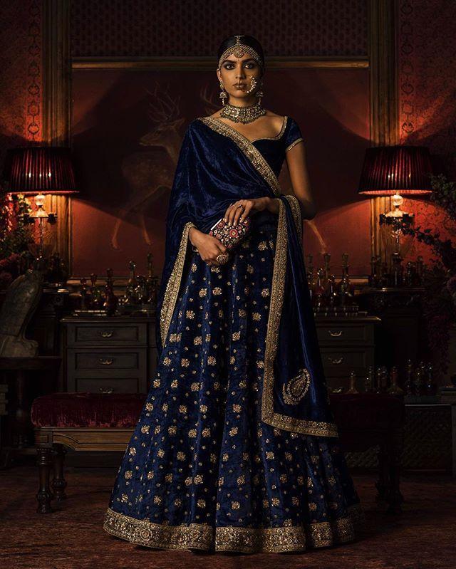 #Sabyasachi #Couture2016 #FIRDAUS #ClutchBySabyasachi #WinterWeddings #KishandasForSabyasachi #HandCraftedInIndia #TheWorldOfSabyasachi @kishandasjewellery @sabyasachiaccessories