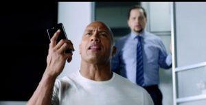 Ver Siri ayuda Dwayne 'La Roca' Johnson, dominar su día