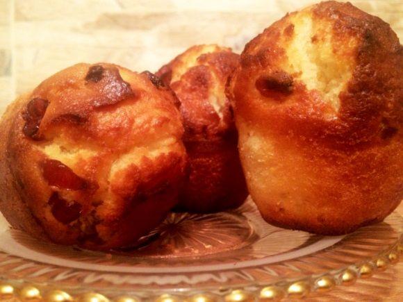Briose cu iaurt grecesc si merisoare (Greek yogurt muffins with cranberries)