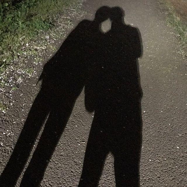 半年記念日は 2人とも大好きな焼肉食べて 夜桜見ながら散歩しました🚶  #彼女 #記念日 #6ヶ月 #半年記念日 #焼肉 #肉 #夜ご飯 #桜 #夜桜 #これからもよろしくね😊💓