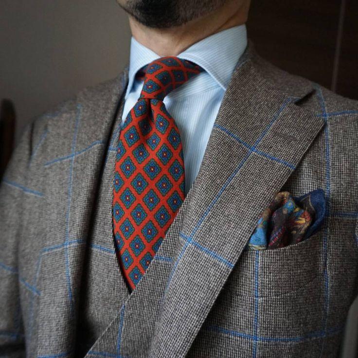 Tie & Bow Tie : Photo