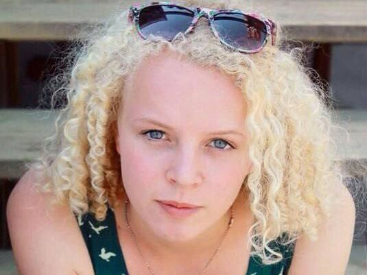 Dutch teenager Vera Mol died bungee jumping due to Spanish instructor's 'poor English'
