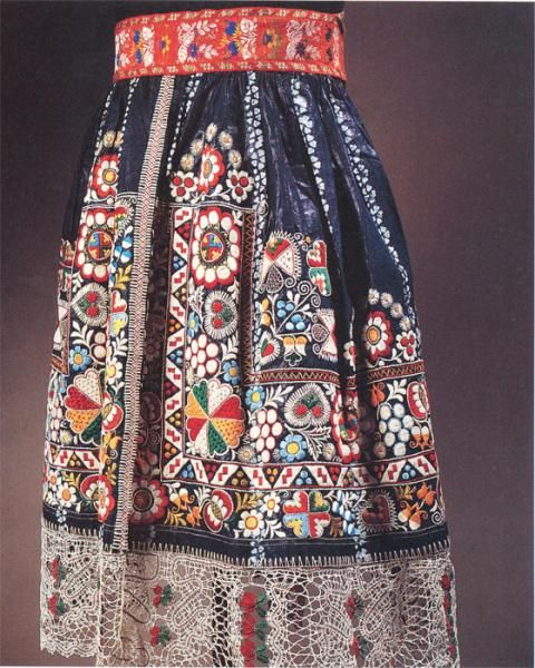 Czech folk embroidery~ I can't imagine the time this took. I LOVE the colors and textures and patterning. Purely amazing.