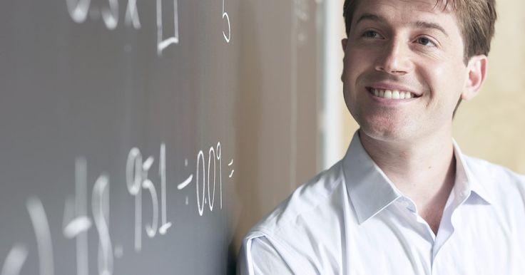 Ideias para decoração da sala de aula para o professor de matemática. O processo didático envolve diversos fatores, como o tipo de aluno, a estratégia de ensino e os materiais utilizados. Para um professor ensinar de forma eficaz, ele deve ter uma boa compreensão do assunto. Ele também deve utilizar recursos audiovisuais de forma eficaz. Os alunos muitas vezes consideram matemática uma disciplina difícil; portanto, ...