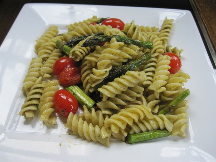 Roasted Tomatoes and Asparagus: Easy to make. Roasting the vegetables ...