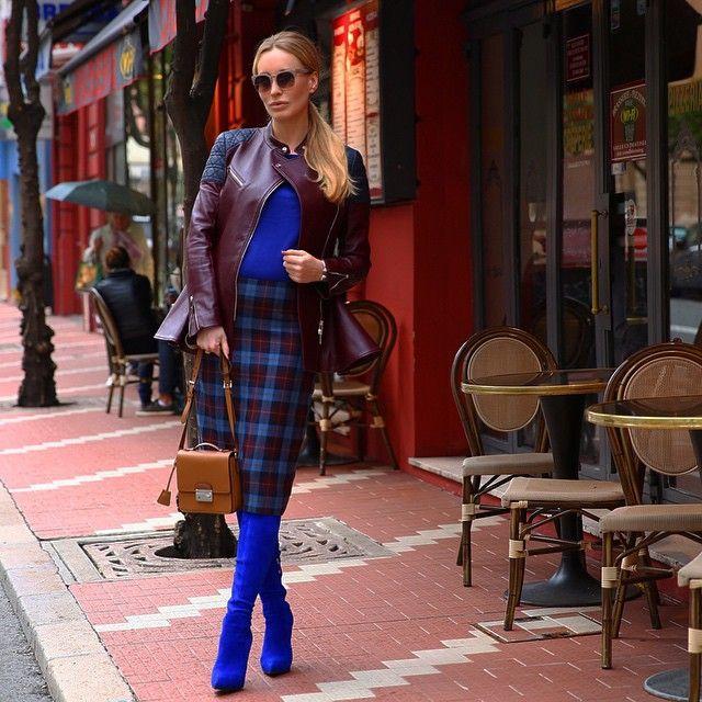 Я сегодня синий чулок! Сама от себя такого нижнего этажа не ожидала! Год синей козы во... | Use Instagram online! Websta is the Best Instagram Web Viewer!