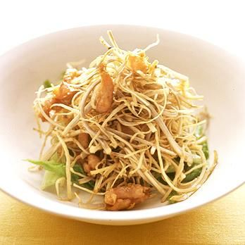 ごぼうととり肉のカリカリ揚げサラダ | 葛西麗子さんのから揚げの料理レシピ | プロの簡単料理レシピはレタスクラブネット