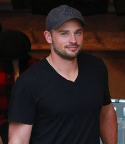 Stop And Take A Moment To Appreciate Tom Welling