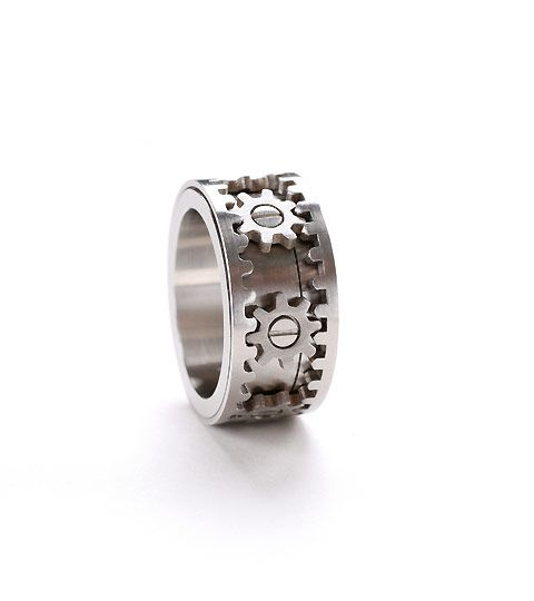 Just ordered this functioning gear ring.