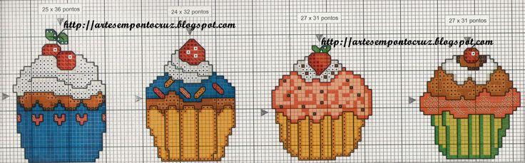 Moldes e Massas: cupcakes em ponto de cruz