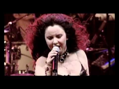 Şebnem Ferah - Sil Baştan (10 Mart 2007 İstanbul Konseri) - YouTube