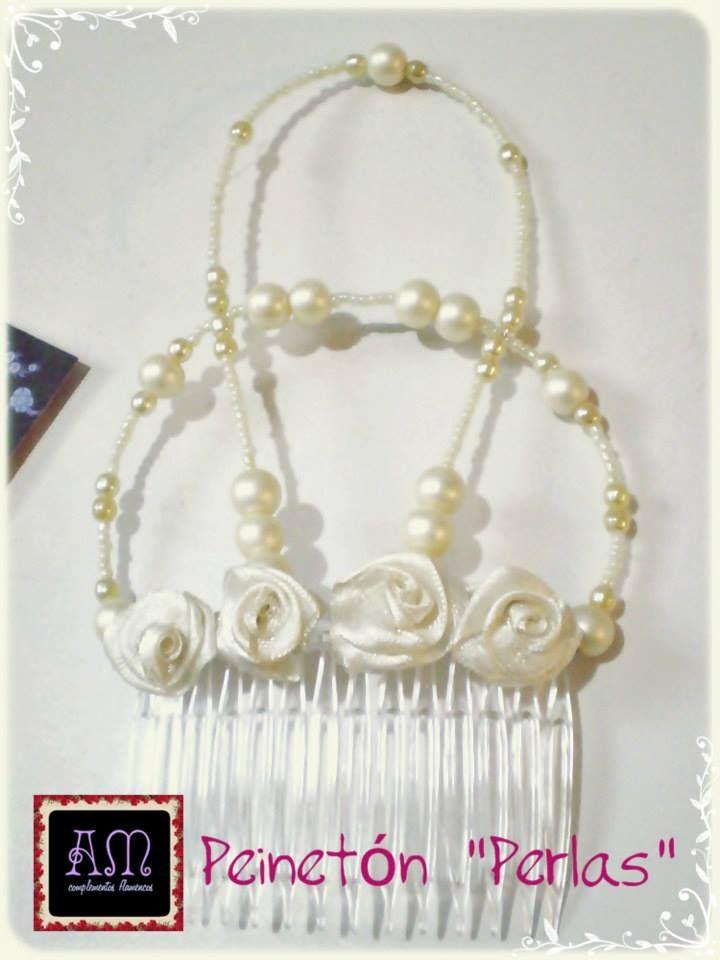 """Una opcion super elegante! Peinetón modelo """"Perlas"""" ornamenta de cuentas de vidrio y perlas nacaradas mate. Color CREMA AmapolasMoras - Complementos Flamencos"""