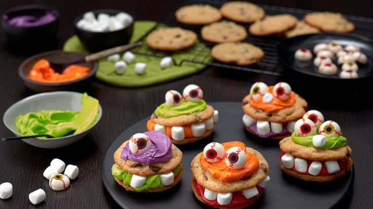 Easy and fun-to-create monster cookies that kids will find irresistible! Find all the ingredients in the baking aisle.
