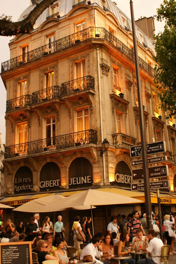 Un cafe a Paris, &  Gibert Jeune bookstore    Gibert Jeune   Categories: Bookshops, Cards & Stationery    5 place St Michel  75005 Paris   Neighborhoods: Saint-Michel/Odéon, 6ème    01 56 81 22 22  http://www.gibertjeune.fr