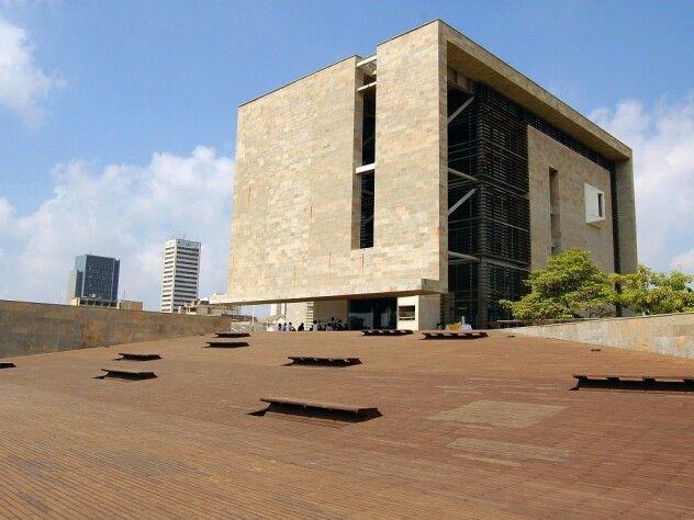 Museo del Caribe, coloso de las artes en Barranquilla, Colombia. Símbolo de la renovación urbana del Centro de la ciudad.