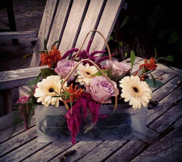 """51 aprecieri, 1 comentarii - Floraria Dorothy's (@florariadorothys) pe Instagram: """"Flowers in a bag.. #flowerbag #cluj #clujlife #clujnapoca #floricluj #florariecluj #clujcenter…"""""""