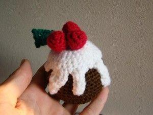 Amigurumi Christmas Pudding pattern - Christmas Crochet Patterns