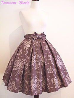 #IW #skirt #nofit Rose crown jacquard