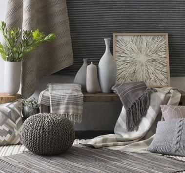 neutral living room ideas - textural elements bring visual interest to understated color scheme