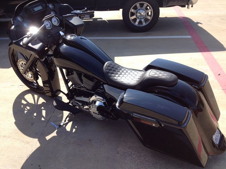Custom Harley Road Glide-Cope's Bagger customized by Misfit Baggers. Stereo to come next...