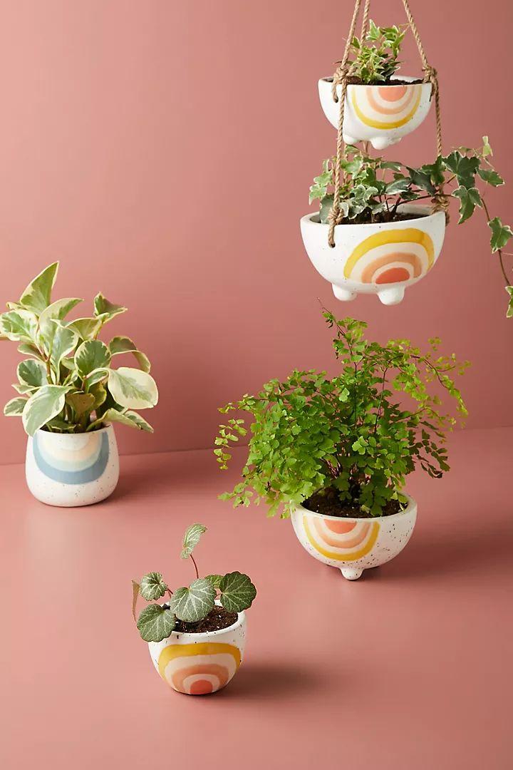 Hygge Home, Pillow Room, Painted Pots, Indoor Outdoor Rugs, Indoor Garden, Garden Art, Outdoor Living, Garden Ideas, Outdoor Decor