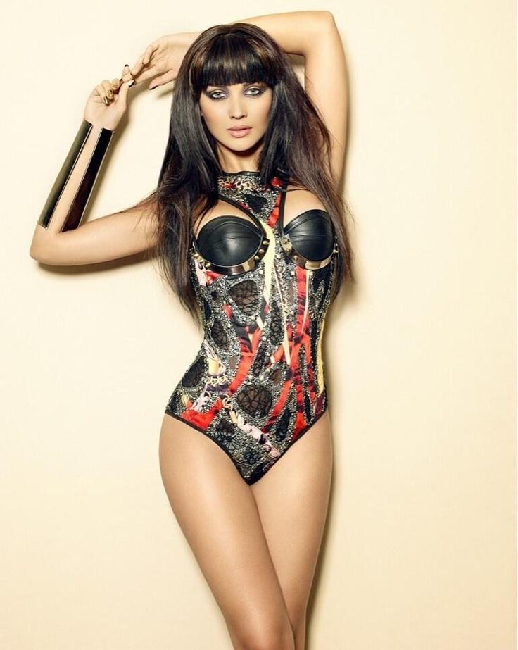 37 Best Amy Jackson Hot Sexy Bikini Images Images On -8382