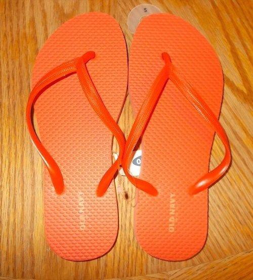 7.99$  Buy here - http://viqqz.justgood.pw/vig/item.php?t=x372dm53758 - Women's Size 5 Old Navy Brand Orange Flip Flops NWT