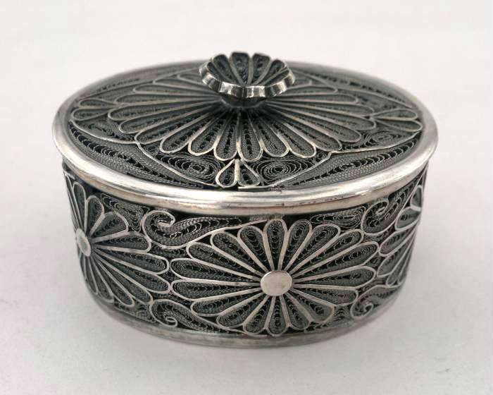 filigree, silver box