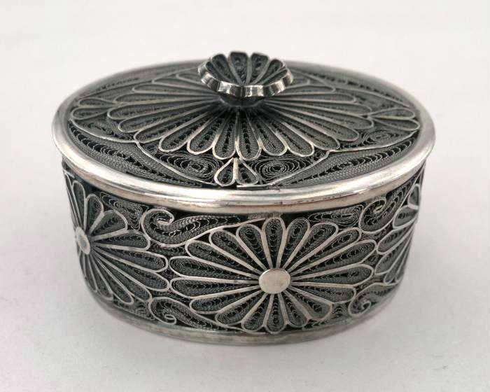 filigree, silver box