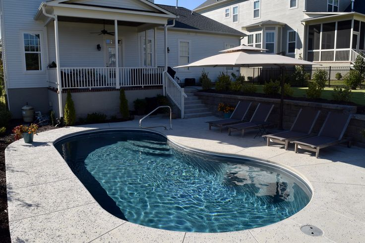 1000 Ideas About Kidney Shaped Pool On Pinterest Pools