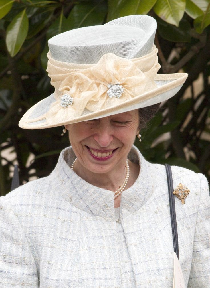 The nicest photo of Princess Anne I have seen in a long time. Princess Anne opted for a hat with split crown. 6 April 2015 Easter Service
