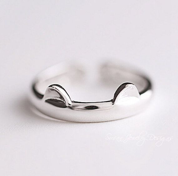 This darling ring. | 24 Things Every Crazy Cat Lady Needs In Her Life