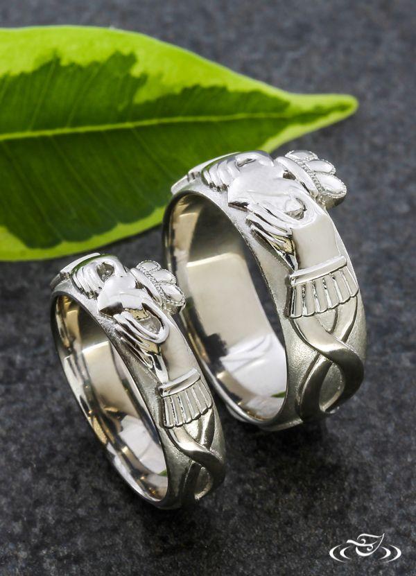 Matching Pair Of Claddagh Rings Greenlakejewelry Irish