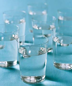 Take your body weight, cut it in half, this is the MINIMUM number of ounces of water you should be drinking every day!