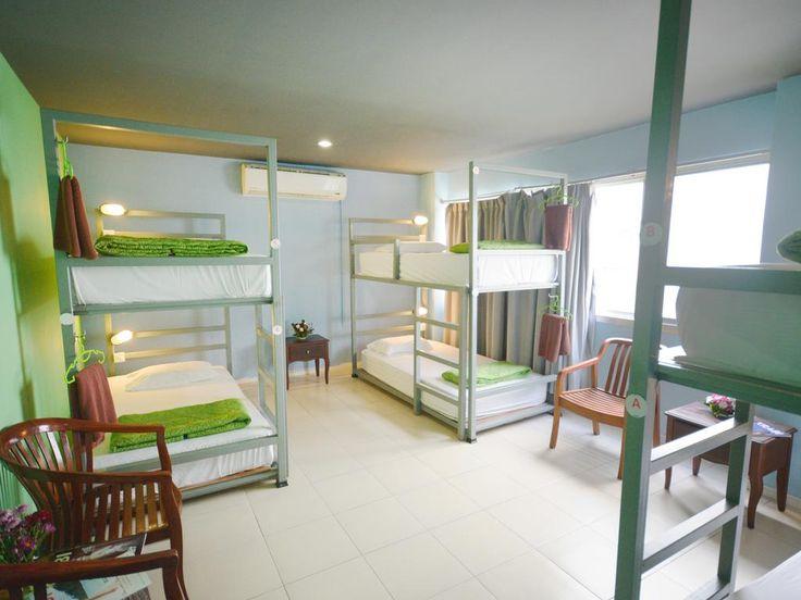 El Arts Party Central Hostel se encuentra en el distrito de la Zona Hotelera de Cancún, a 600 metros de Coco Bongo, facilita bicicletas de uso gratuito... #Cancun #Mexico #Hoteles