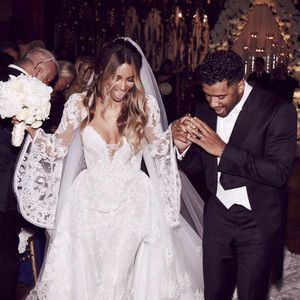 CiaraandRussell Wilsonare officially husband and wife! E! News has learned that the duo just t...