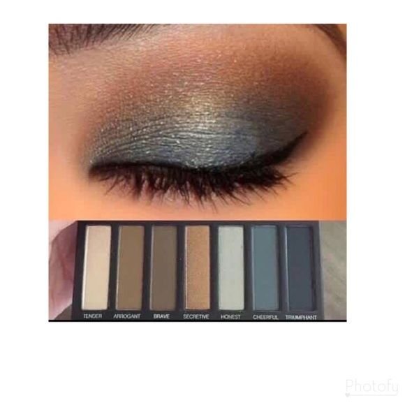 Shop Women's Younique size OS Eyeshadow at a discounted price at Poshmark. Description: Apply a light shade over your lid, a medium shade in your crease and on your putter V. Mix and match colors and textures for a new creative look!!! Younique palette 4 has amazing options for fall and winter!! Ask me if you need an AMAZING blending brush!! This palette will last you a good 6 months or MORE!!!! Offering a great deal for the season of giving!!! Won't last long!. Sold by alissagr. Fast del...