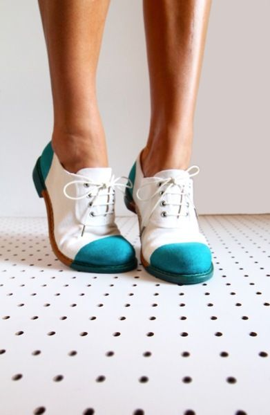 nice shoes: To, Fashion, Style, Oxford Shoes, L'Wren Scott, White Oxfords, Angela Scott, Blue And White