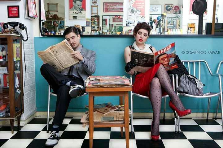 pic by Domenico Salvati. Waitin' at barber shop, Floid's La Barbieria in Rome