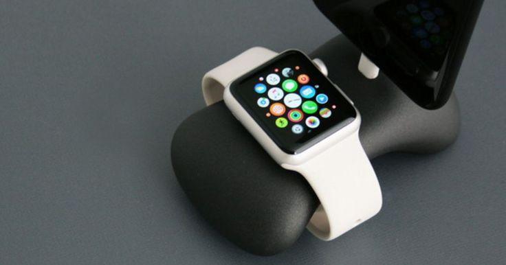デザインモチーフは「石」。Apple WatchとiPhoneを充電するアルミスタンド『StandStill+』 - Engadget 日本版