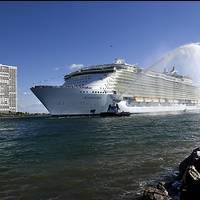 New 'world's largest' cruise ship could arrive in 2016