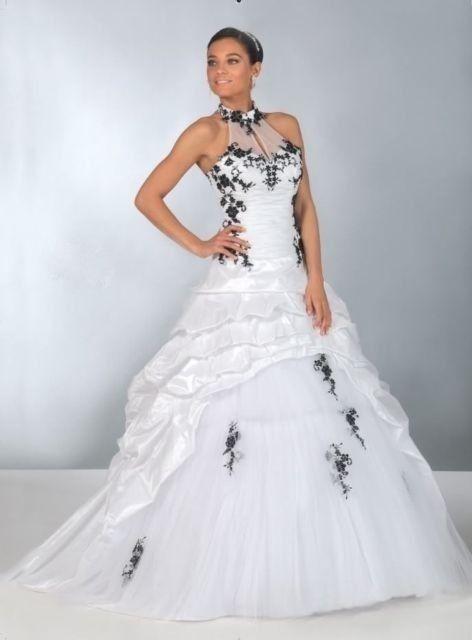 Magasin robe de mariee noir et blanche