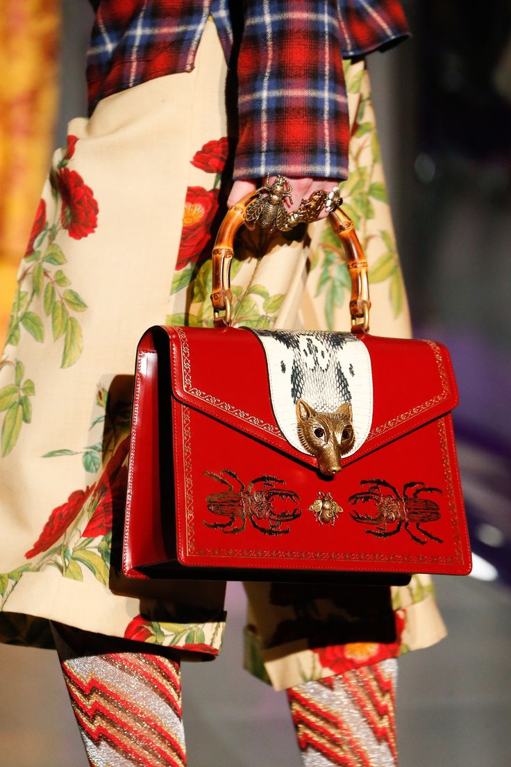 See detail photos for Gucci Fall 2017 Ready-to-Wear collection.
