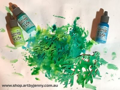 A Life Less Ordinary: The Leafy Sea Dancer Art Journal Page ... Distress Oxide Inks in action :)