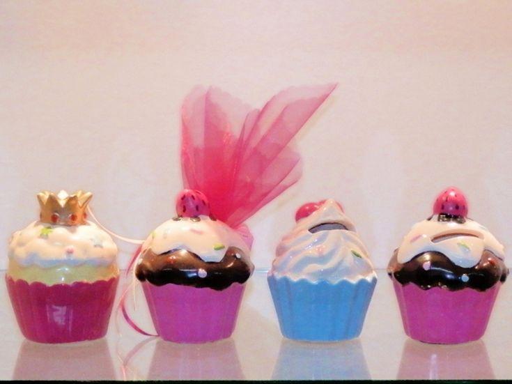 Cupcakes μπομπονιερες βαπτισης σε οικονομικες τιμες χονδρικης