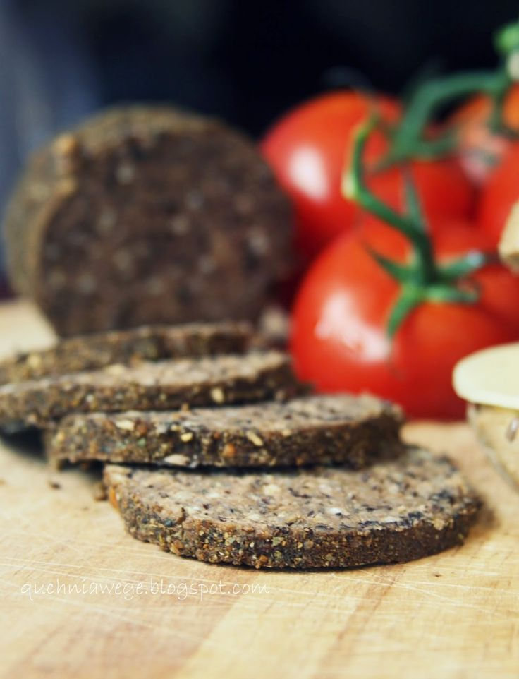 QuchniaWege: Domowe salami - wegańskie, bez glutaminianu sodu.